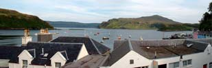 The bay of Portree and the harbour